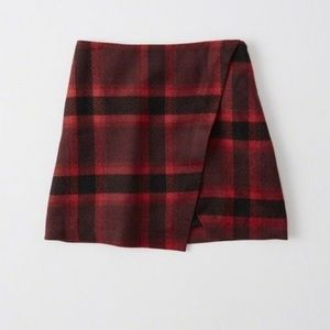 Abercrombie and Fitch Wool Blend Plaid Skirt